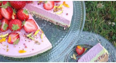 Jagodni limonin cheesecake