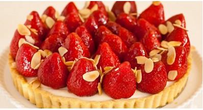 Veganski jagodno-vanilijev cheesecake
