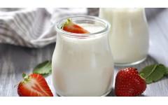 3 alternative za navadni jogurt