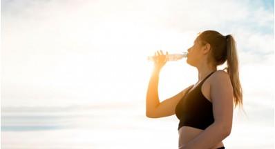 8 nasvetov, kako poskrbeti za dobro hidratacijo